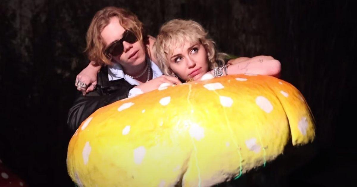 Miley Cyrus y The Kid LAROI